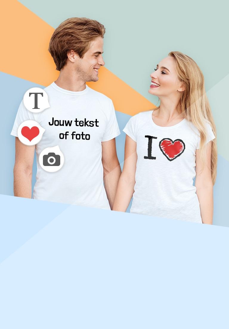 Jong koppel in T-shirt met eigen ontwerp